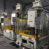 台湾百塑转盘机120吨立式注塑机二手注塑机