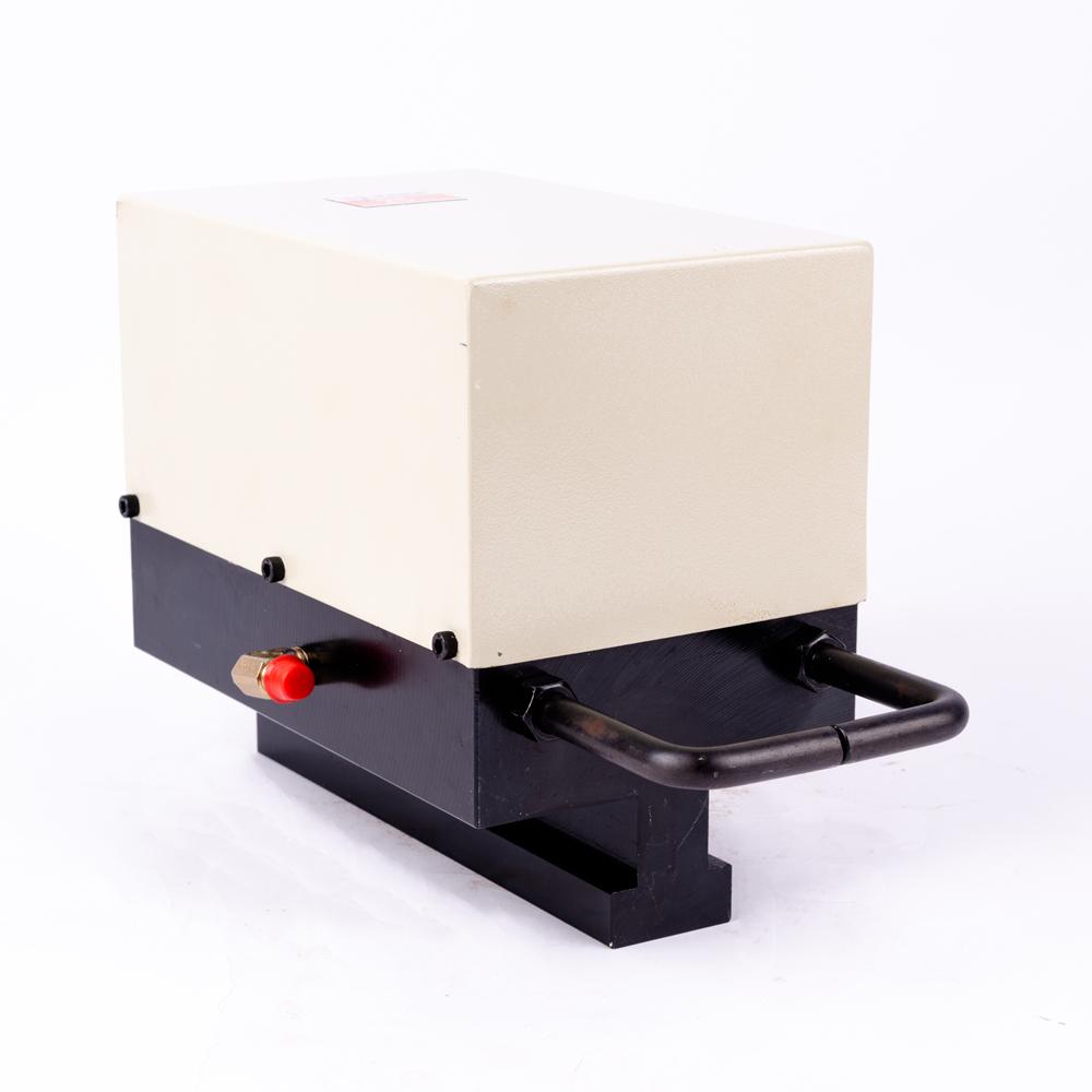 TY-4C型夹模器