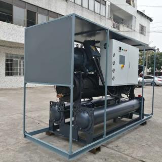Ding Yuan 水冷单机头螺杆式冷冻机组 FSQ-40W