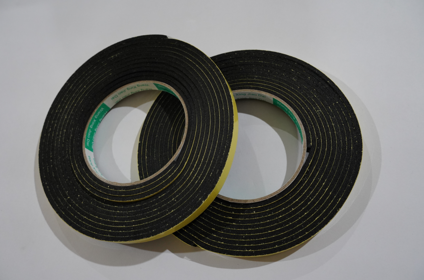 半自动一拖二平面口罩机 A机切刀棉(胶条(黑色),单面背胶EVA,厚度3mm)
