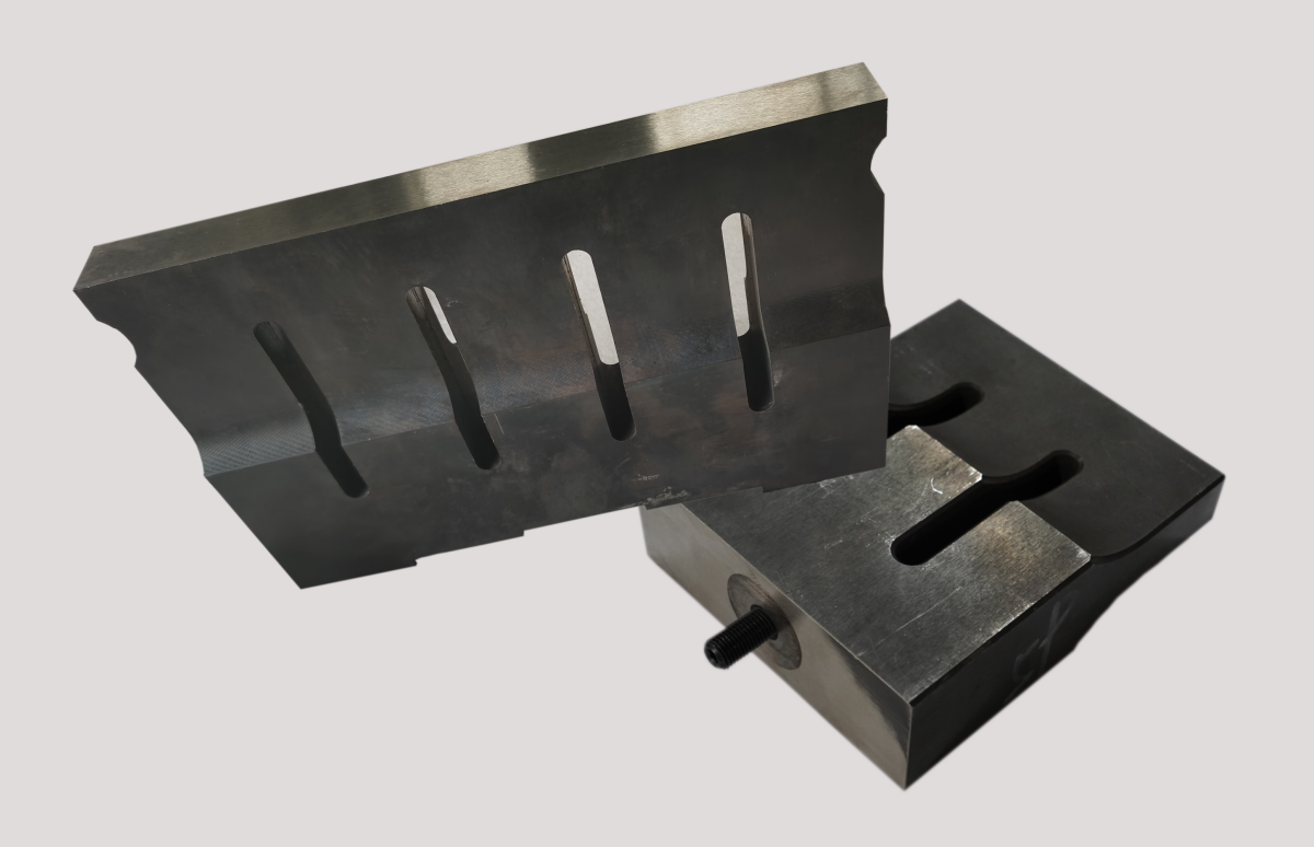 SKD11材质钢模—270*25*175