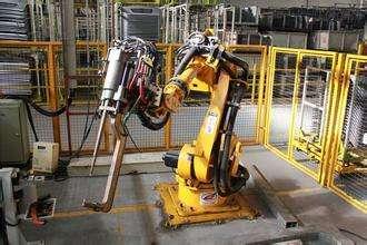 欢颜机器人:点焊运用方案实例
